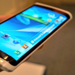 Phones with Curved Screen: Is it really useful?