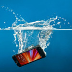 What to do mobile gets wet and how to save it?